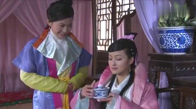 贵妃对两位秀女用私刑,还玩新花样,女人何必为难女人
