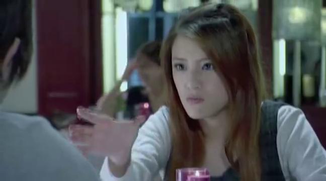 熊猫人:江小语以为安格是熊猫超人,在他车上看到围巾,真有意思