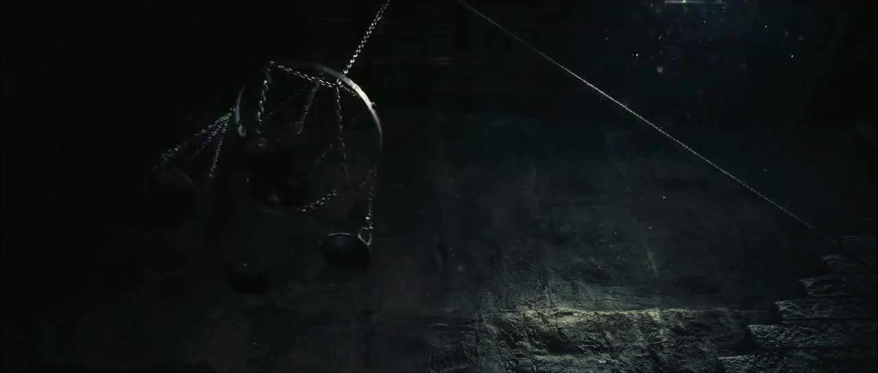 白发魔女传古代牢房受刑现场惨叫连连太恐怖了