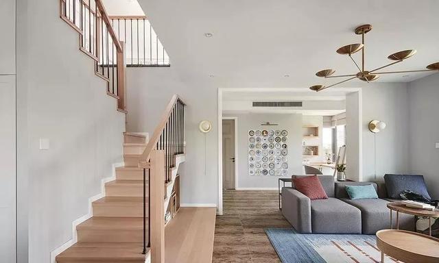 房子装修跃层设计要注重哪些问题?昆明艺顶装饰经验细节分享