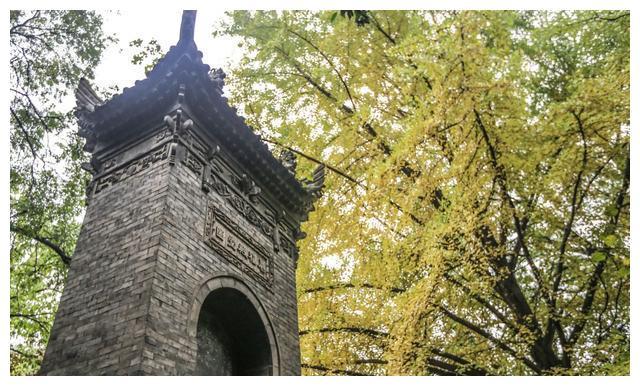 """陕西有座奇塔,1300年经历70多次地震,裂开还会""""自我愈合"""""""