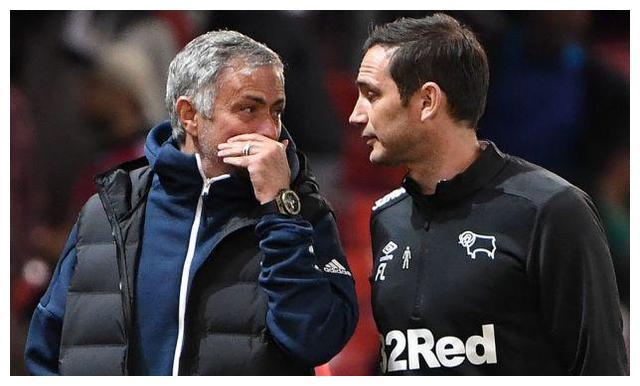 若穆里尼奥与兰帕德互换队伍,范加尔觉得合理,墨菲称战绩更愁人