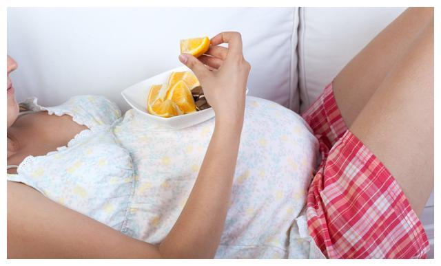 怀孕后,准妈妈不要有3个习惯,易增加胎儿脐带绕颈几率