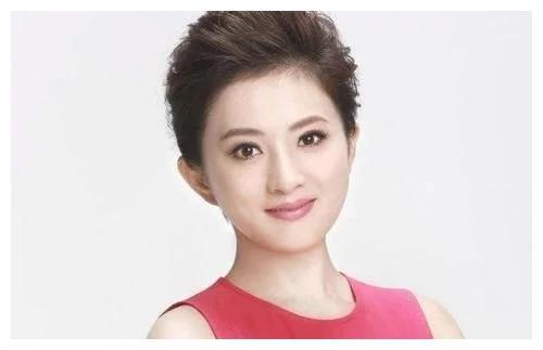 拍琼瑶剧出身的童星, 一度成为初代国民闺女,如今40岁仍是单身