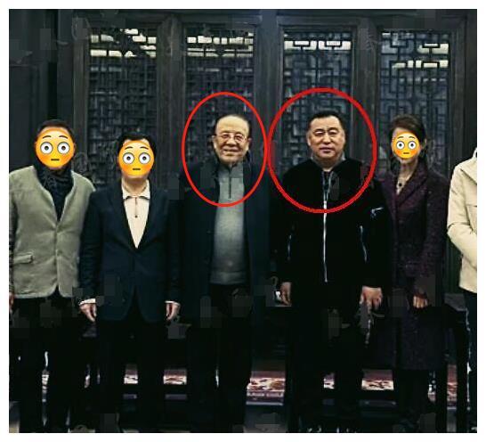 央视张宏民与79岁杨洪基聚会,力压各大佬居C位,在场者非富即贵