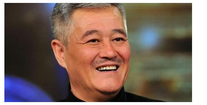 赵大牛和赵一涵在乡13中客串角色演技平平,戏外二人在网络走红