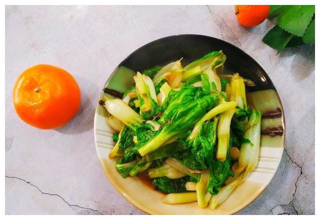 饭店的青菜,翠绿爽口超好吃,到底有什么秘诀?今天就带你揭秘
