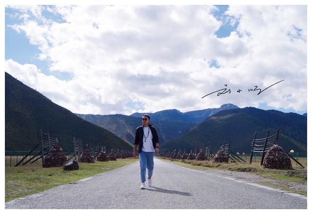 """云南香格里拉有一个""""奇特""""的景区,明明是草原,却叫""""纳帕海"""""""