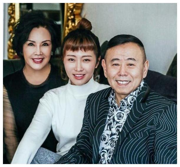 """有种""""遗传""""叫潘长江,女儿避开他的基因,却在外孙身上完美体现"""