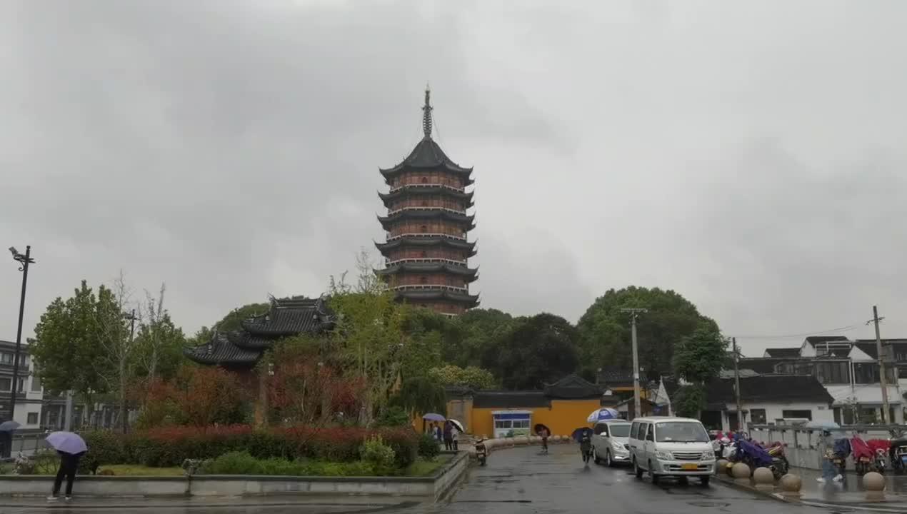 苏州北寺塔,全国最独特的宝塔,拥有两千多年历史,免费开放。