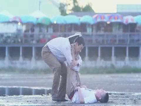 爸爸是条龙:王大龙用各种方法抢救,终于将彭啸救活了