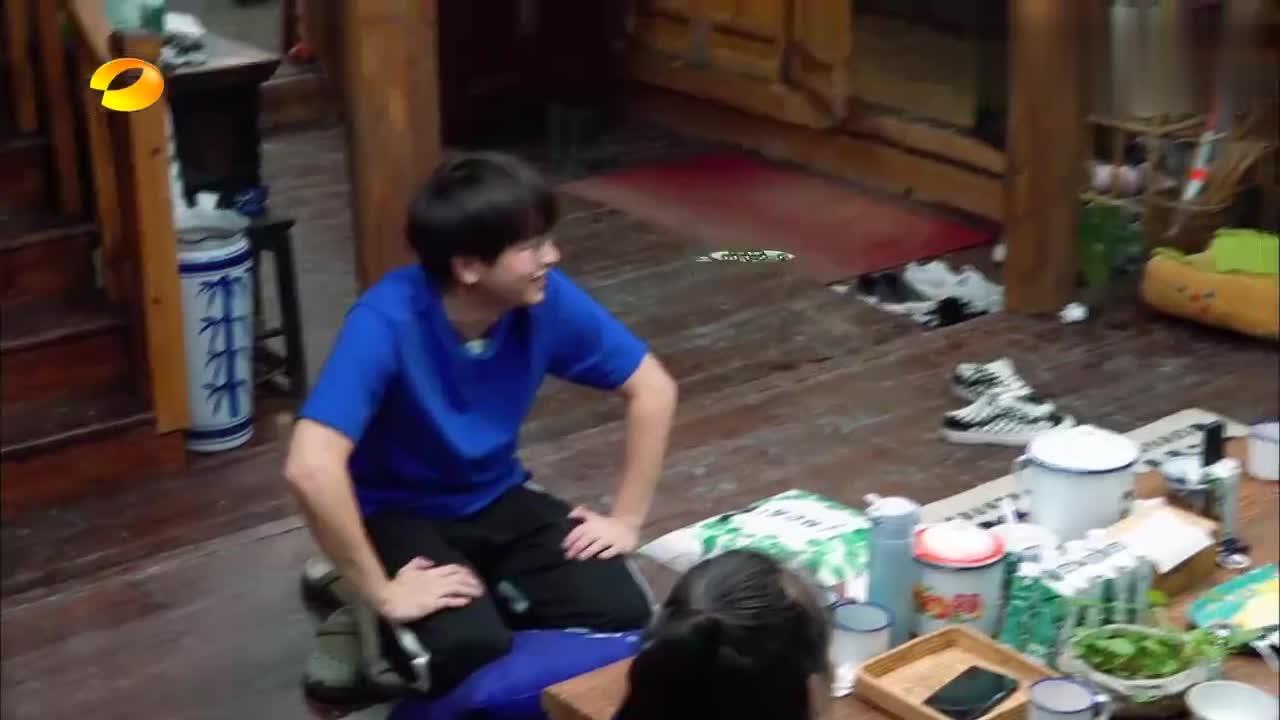 向往3:彭昱畅拍戏全是演高中生,黄磊听完之后,一脸无奈!
