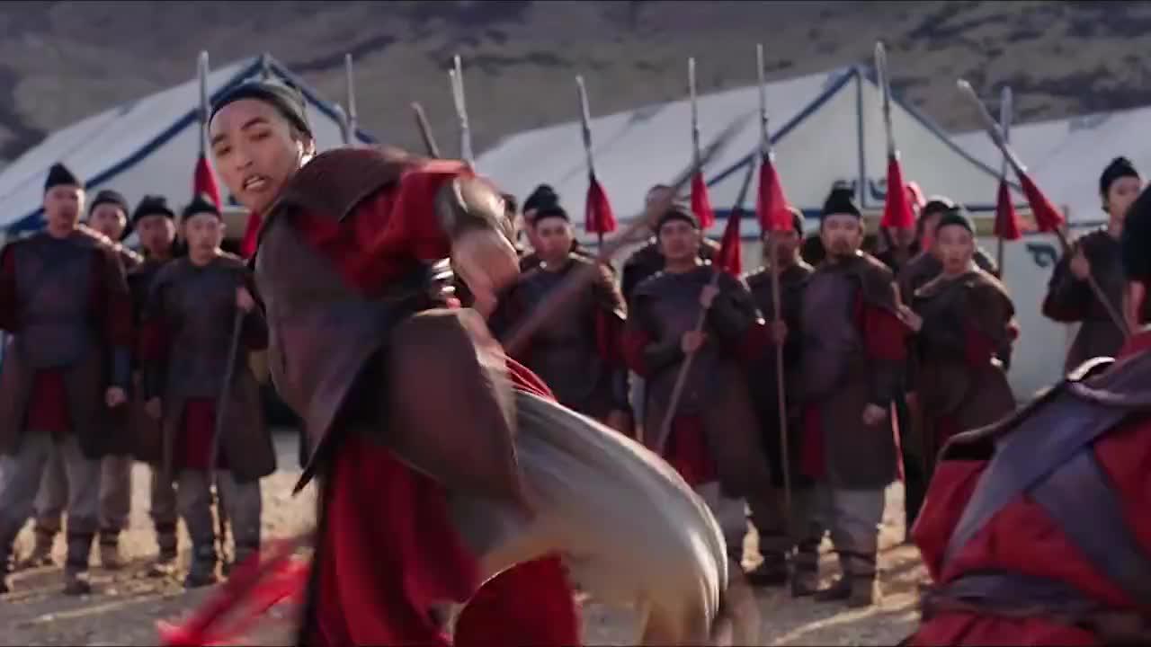 花木兰:刘亦菲三个月高强度训练,竟为这一分钟,甄子丹肃然起敬