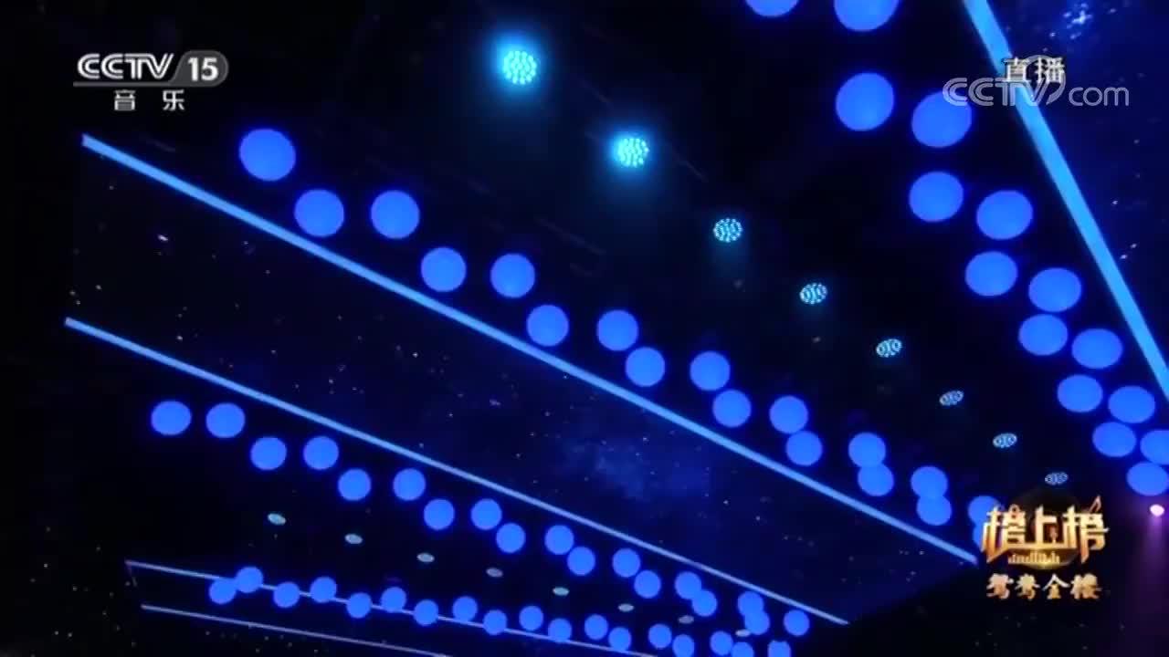 薛明媛现场演唱《雪人》,一字一句打动心灵,这也太好听了!