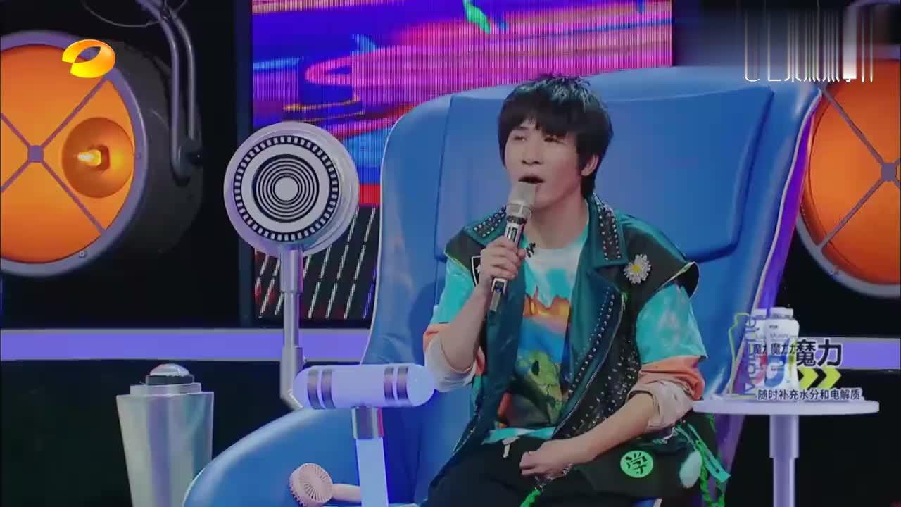 嗨唱:农村小伙歌还没唱,两盘毛豆就收买评委,谢娜还想回购!