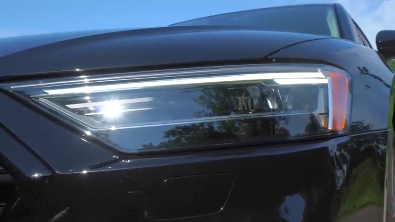 视频:2021款奥迪A8L登场,有这颜值和气场,买不买宝马7系自己想!