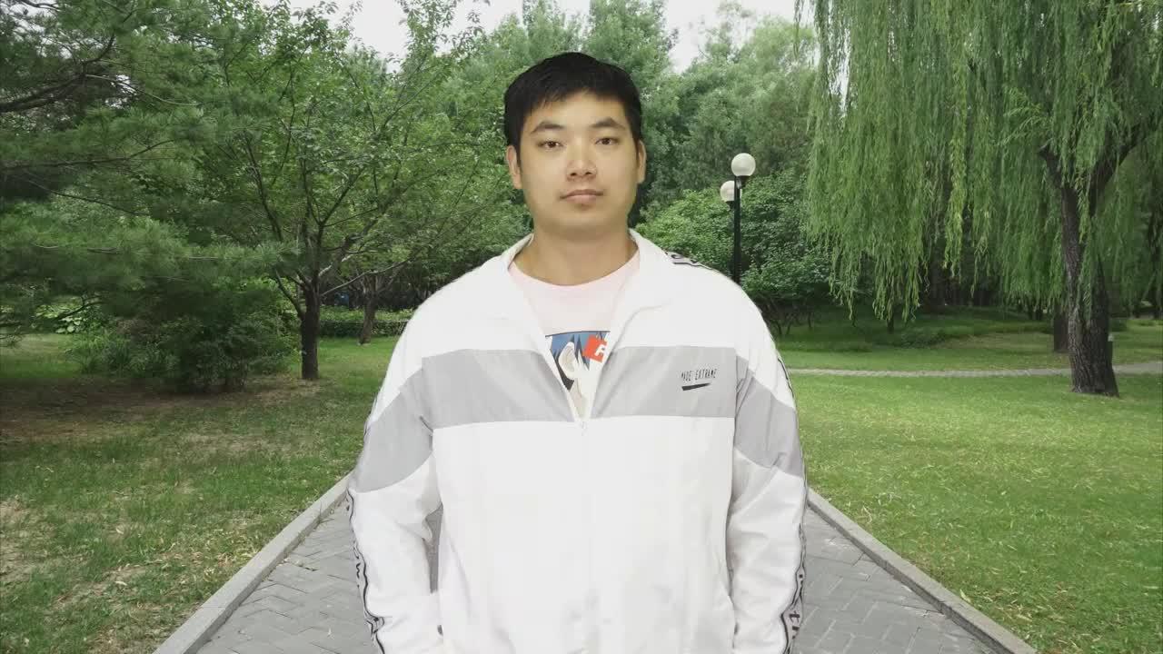 热门魔术:揭秘刘谦表演过的空手变橙汁!简单你能做到吗