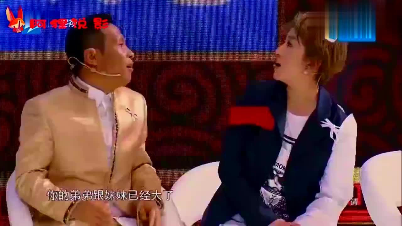 明星与妈妈同台,王祖蓝母子一模一样,张柏芝亲生母亲是老外