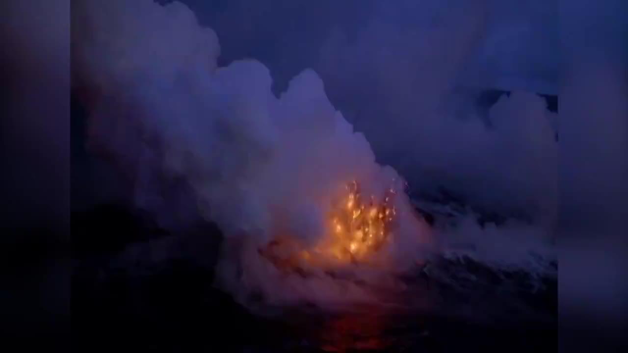 海底火山爆发的瞬间,海水为何不会将火山给浇灭?看完长见识了