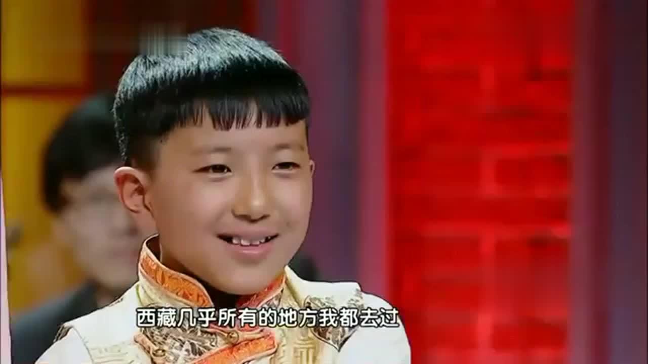 西藏男孩独特天籁之音,评委直接上台对唱,观众尖叫声根本停不下