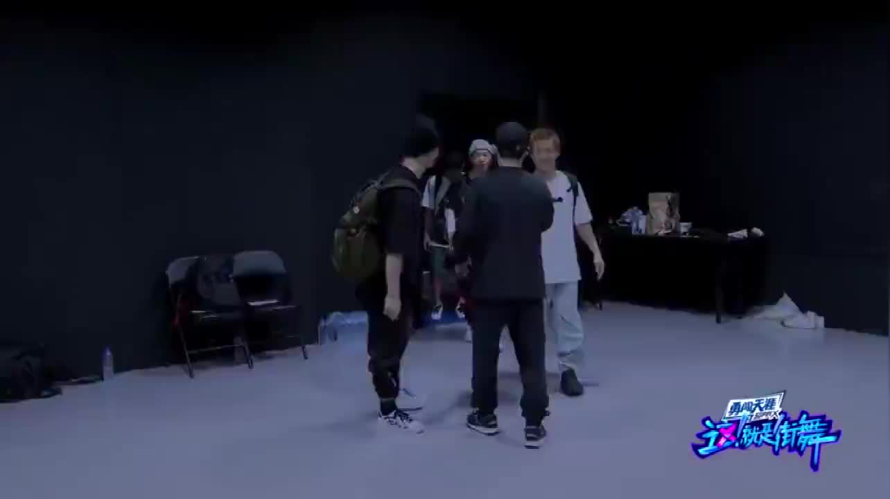 这就是街舞3:杨凯这次准备放大招了,要将对方狠狠击败!