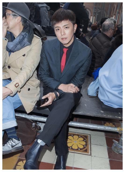 36岁前男友意外离世,杨丞琳哭到没法工作,李荣浩发声表遗憾