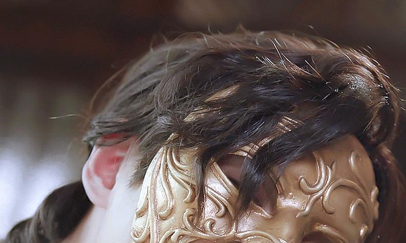 当明星带上面具,朱一龙和迪丽热巴都好认出,看到杨洋:尊重观众