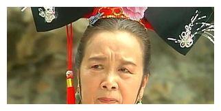 """84岁李启明近照,满头白发一脸慈祥,跟曾经""""容嬷嬷""""判若两人"""