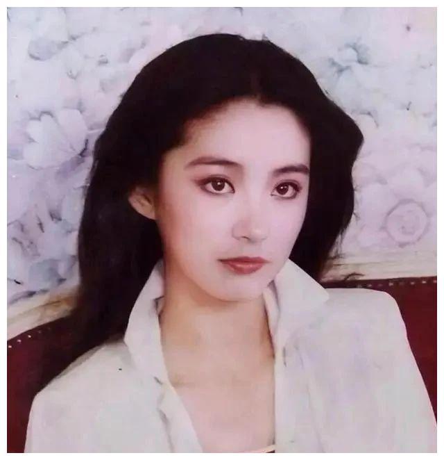 林青霞、刘雪华、陈德容、陈红、蒋勤勤谁是你心中最美琼女郎