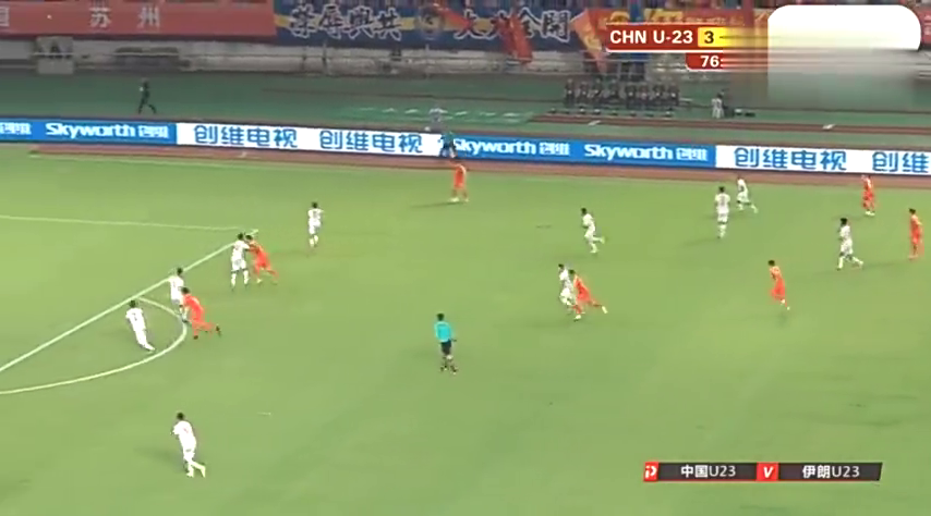 U23国足这波进攻9.9分!韦世豪阅兵式带球,徐友刚射门太武磊了
