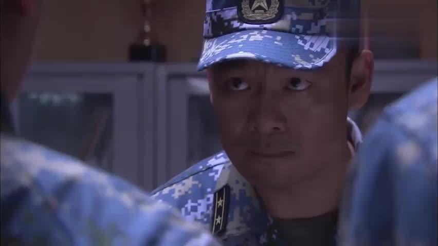火蓝刀锋:张冲等人被关禁闭,蒋小鱼果然是乐天派,竟还苦中作乐