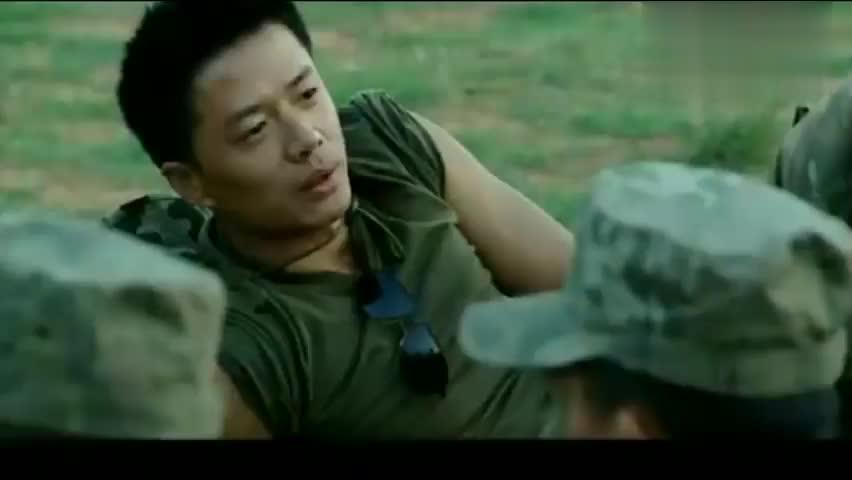 士兵突击:袁朗又来逗许三多,问许三多问题,许三多的回答太逗了