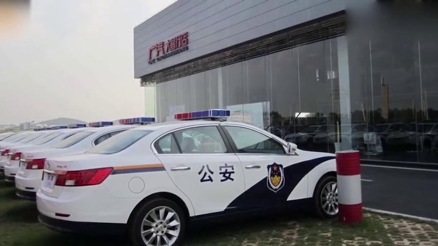 """国外超级跑车""""穿""""上中国""""警服"""",全球警车涂装,还是中国霸气"""
