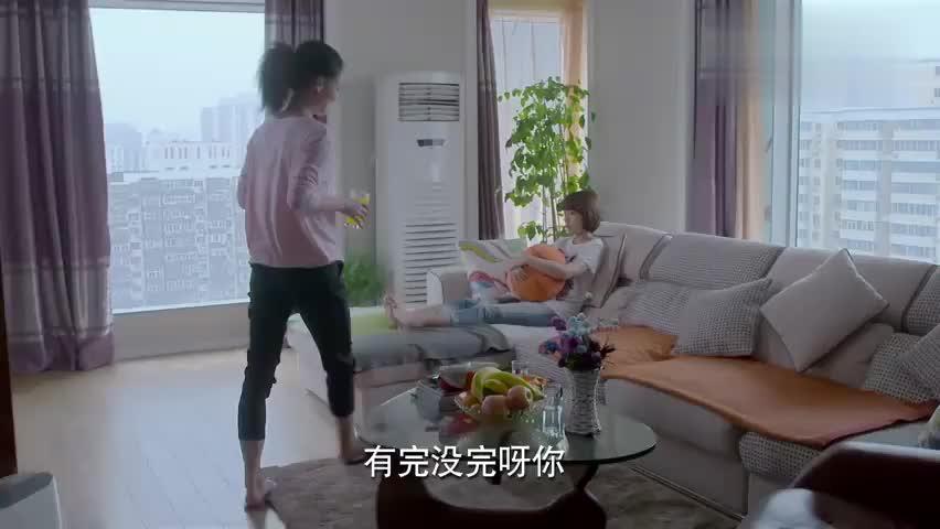 任小弦知道黄书朗和蒋歌的阴谋,但闺蜜不让她着急,免得打草惊蛇