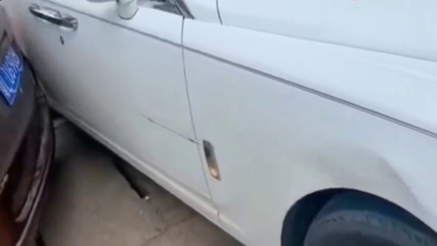视频:五菱宏光神车碰上劳斯莱斯,谁的责任清清楚楚
