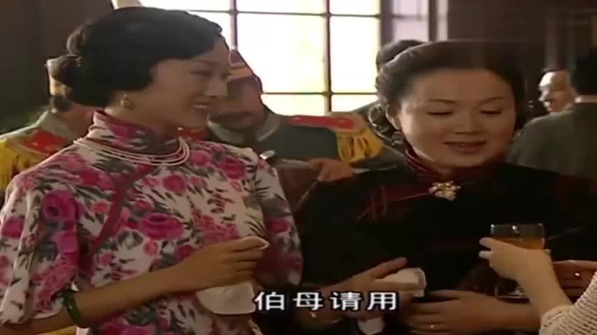 金粉世家:白秀珠长得乖巧甜美,金太太很是喜欢,要她抓紧燕西!