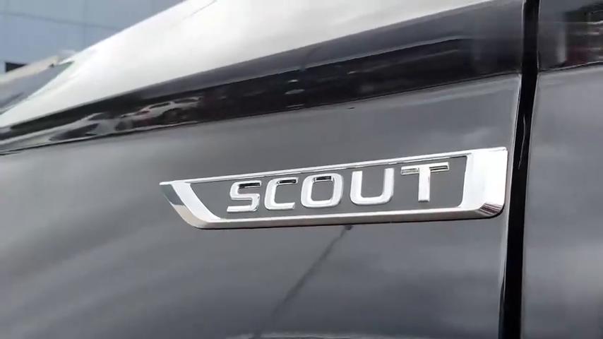 视频:2020款斯柯达柯珞克路试,按下钥匙坐进驾驶室,才知道有多帅气