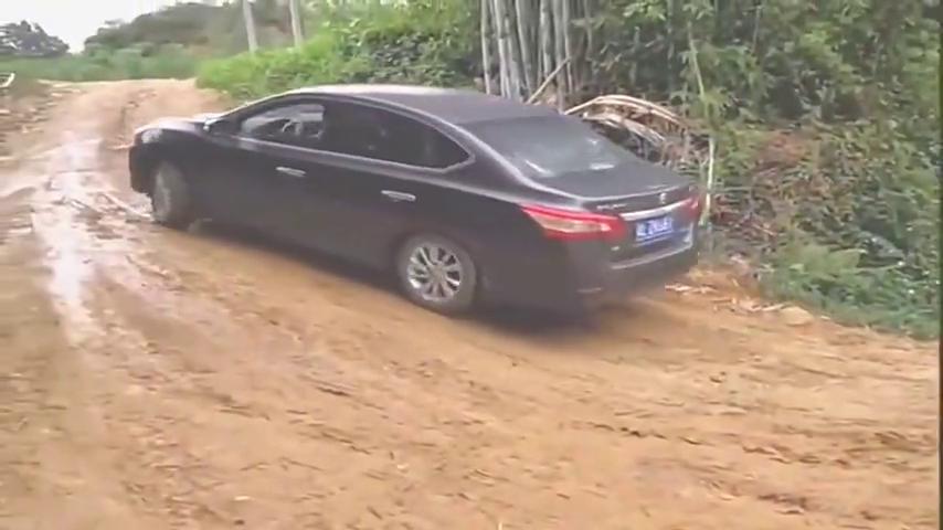 视频:实拍:广东轩逸车主爬坡上不去,到底是车的问题还是人的问题!