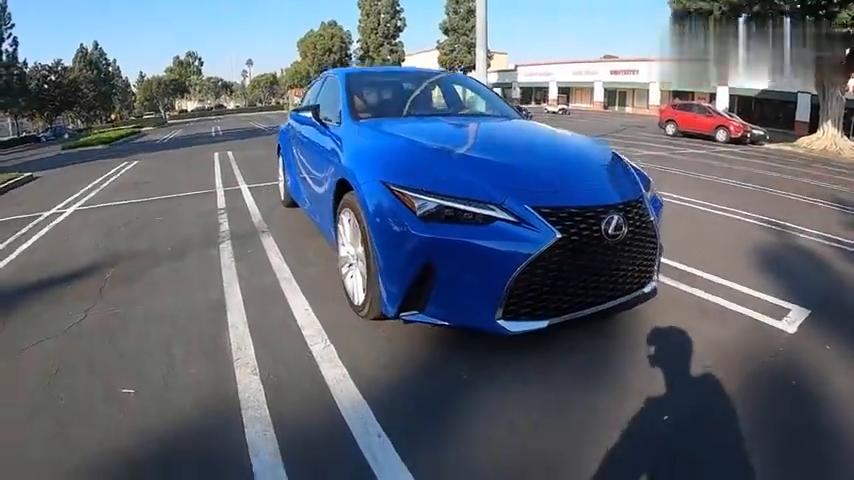 视频:2021LexusIS300AWD-雷克萨斯IS300海外第一视角路试