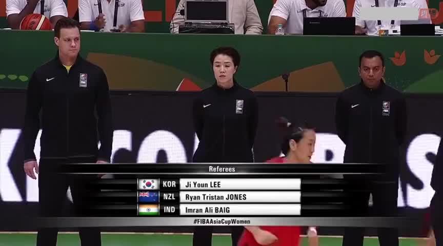 亚洲杯决赛 中国女篮VS日本 邵婷再现梦幻脚步潇洒上篮