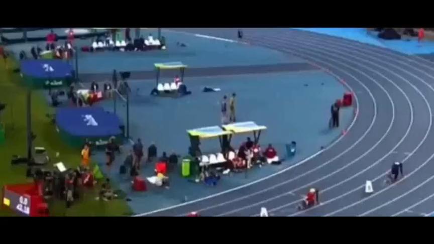 重温范尼凯克创造的400米世界纪录,这货真是全程都在冲刺