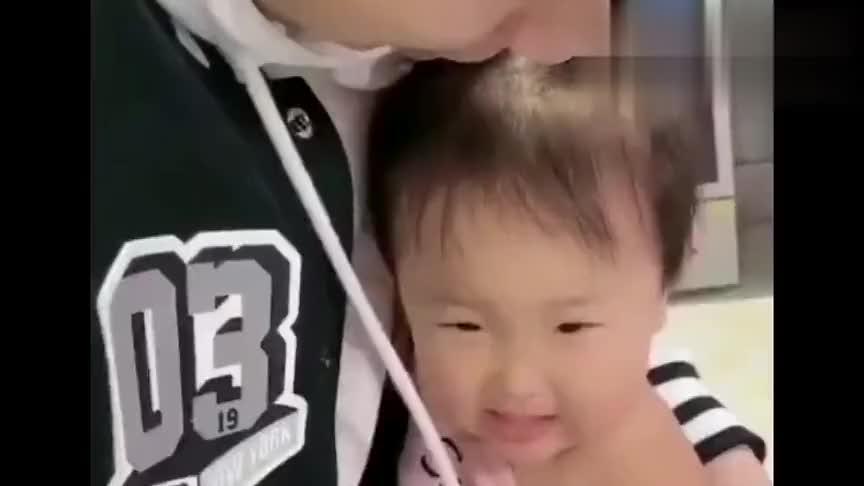 暖宝打防疫针说好的不哭,结果没出一秒就哭成这样,太逗了!