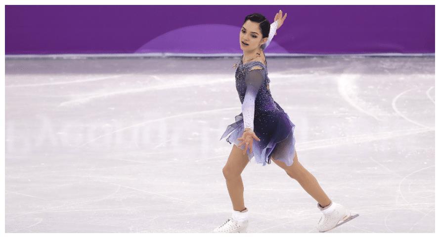 """俄美女运动员梅德韦杰娃,变身""""美少女战士"""",网友:超可爱"""