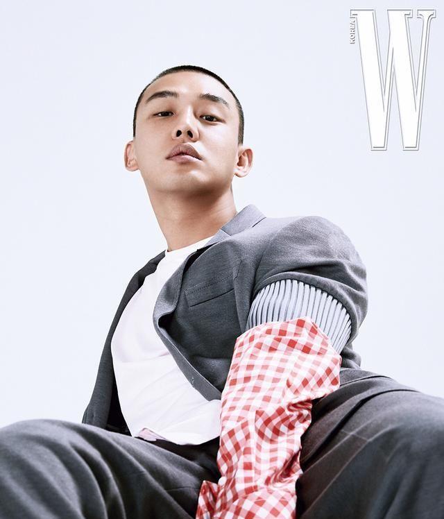 「刘亚仁」时尚大片,爱他的气质!