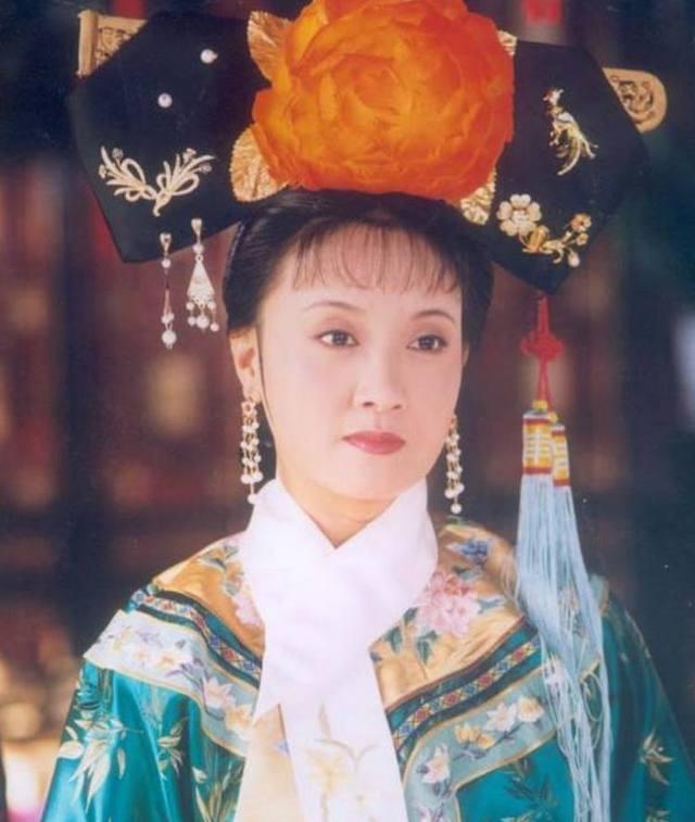 三德子赵亮:搭张国立走红,娶小16岁嫩模,如今51岁活成人生赢家
