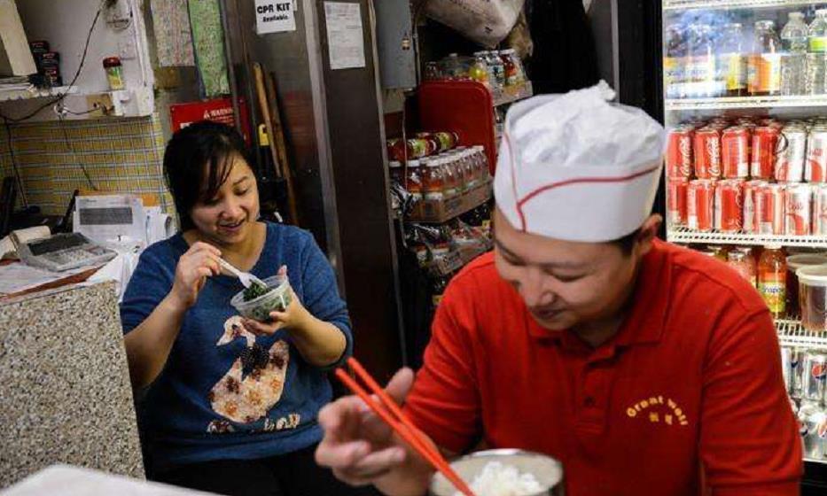 越南餐馆当众贴着:拒绝中国人入内,现在终于得偿所愿