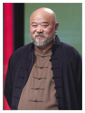 """国家一级演员李琦:曾把酒当水喝,每天2包烟,如今""""报应""""来了"""