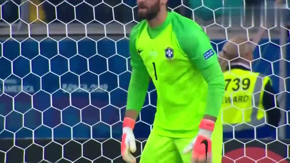 美洲杯14决赛:状态神勇立头功,阿利松扑出巴拉圭队长主罚点球