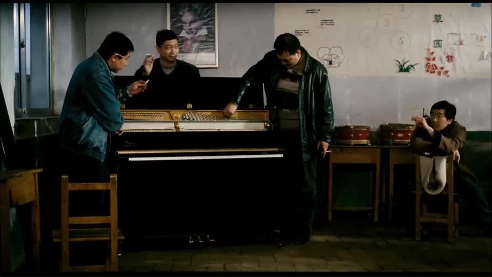 钢的琴:父母离婚,孩子受伤,王千源这演技真是太牛了!
