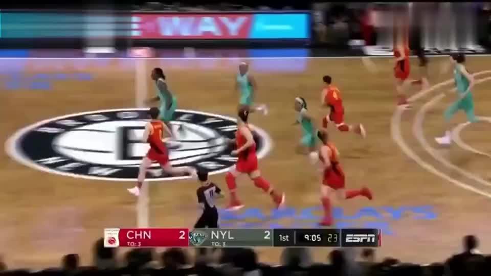 中国女篮:女篮71-89纽约自由人,韩旭首秀砍19+5接受全场欢呼